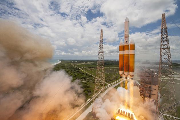 北京时间2016年6月12日一枚联合发射联盟(ULA)的德尔塔-IV重型火箭搭载美国国家侦查办公室(NRO)的NROL-37间谍卫星发射升空