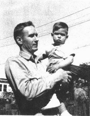 保罗·乔布斯与幼年时的史蒂夫·乔布斯