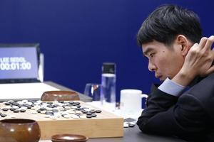 AlphaGo虽能战胜人类却不会计时:时间控制仍需人类干预