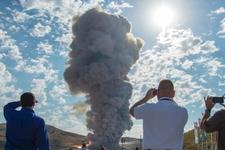 美航天局成功测试新型火箭推进器 将用于太空发射