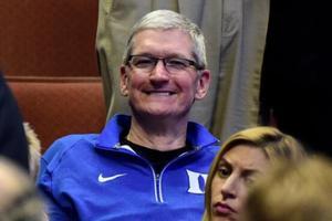 苹果CEO库克在另一家公司升职了 成为耐克首席独立董事