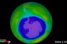 限制使用氟利昂有用!南极上空的臭氧层空洞逐渐闭合