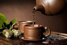 流言揭秘:喝隔夜茶真的会中毒吗?