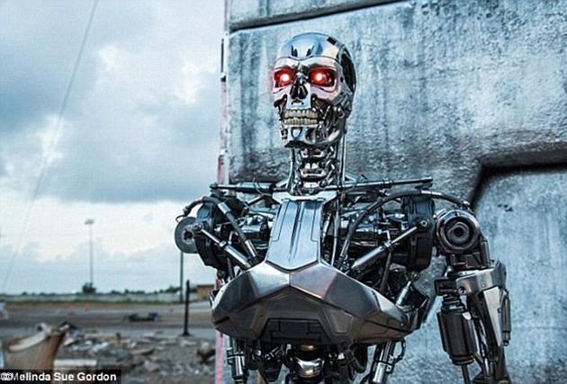 随着人工智能技术的飞速发展,全自动化武器(杀人机器人)也将很快从科幻作品中走进现实。
