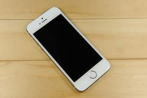 外媒:iPhone总销量即将突破10亿部