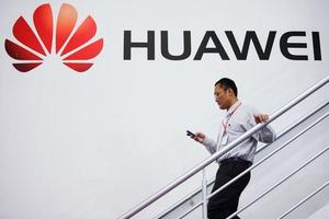 华为上半年智能手机发货量6056万 消费者业务收入同比增41%