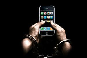 iOS越狱是什么?是插件、代码、爱和阴谋!