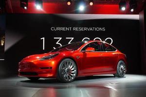 马斯克:特斯拉Model 3未来每年将为公司创收200亿美元