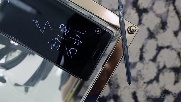 S Pen升级 但提升有限 造型也跟上一代区别不大
