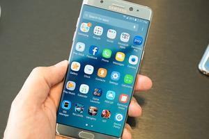 手机市场不景气 三星明年开售翻新Galaxy旗舰机