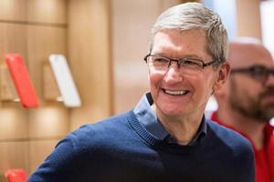 库克出任苹果CEO满5年 开启1亿美元股票奖励