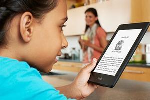 向全世界普及数字阅读:亚马逊捐Kindle、平板电脑和电子书