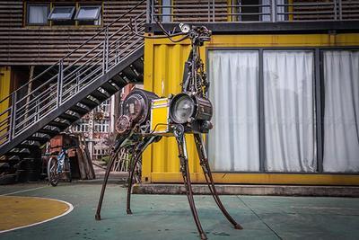 """上海设计周""""观""""科技:虚拟现实和机器人""""吸睛"""""""