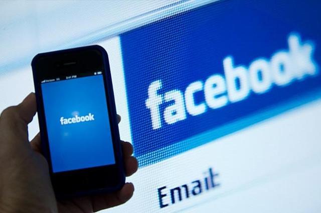 Facebook推荐新闻曾因政治倾向性遭批:未来将减少人工干预