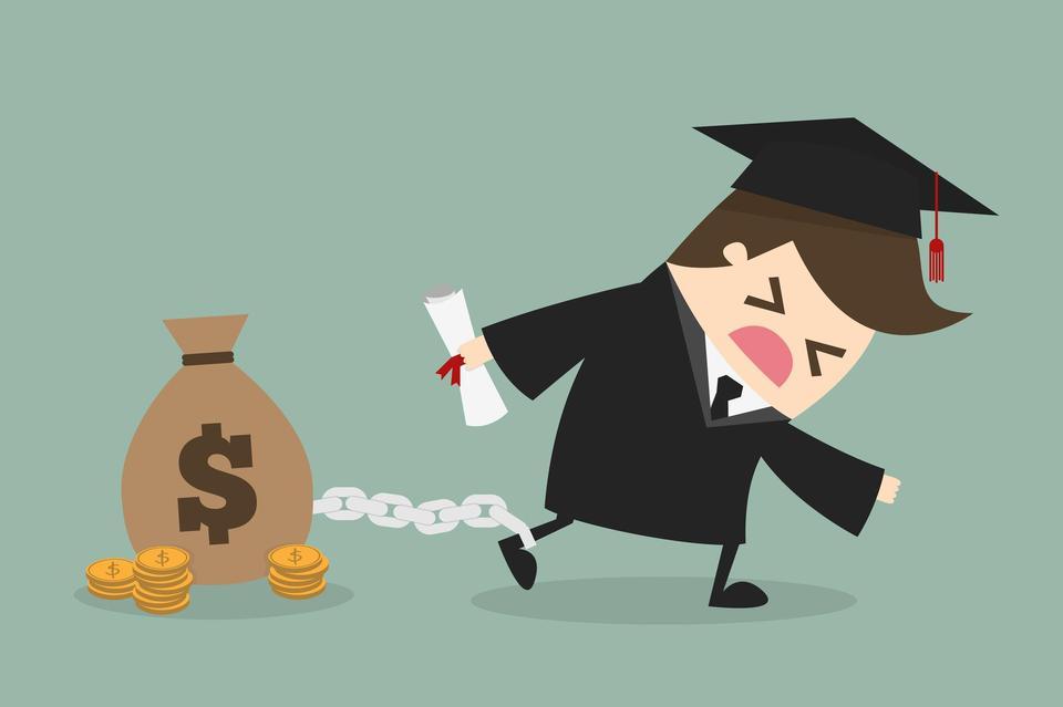 """中国校园贷乱象:贷款机构""""引诱""""学生超前消费"""