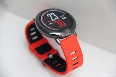 华米首款智能手表发布:内置GPS 主打运动功能