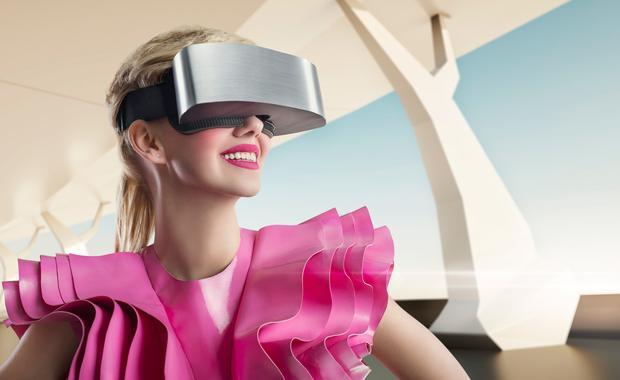 VR行业:设备销售火爆 项目估值缩水