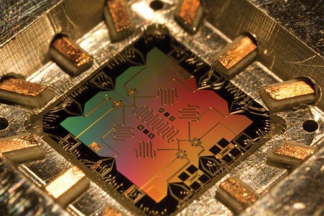 谷歌或于明年公布全球最强大量子计算机