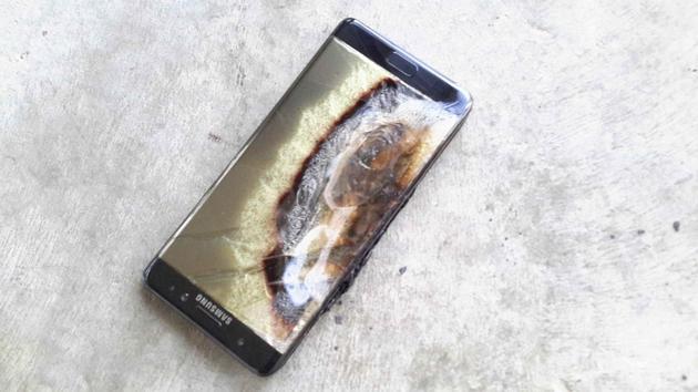 Note 7电池起火并损坏