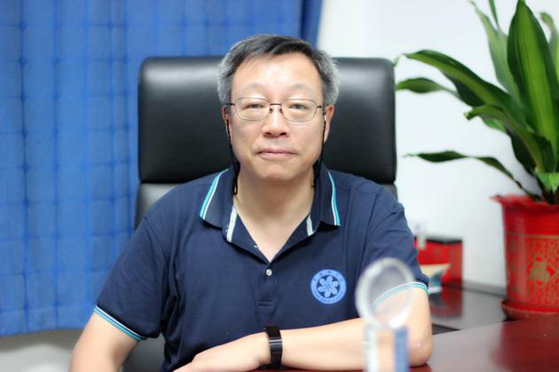 中国科学院高能物理研究所研究员,中国科学院粒子天体物理重点实验室主任张双南