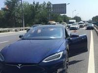 特斯拉自动驾驶中国发生事故 对前方障碍物未识别