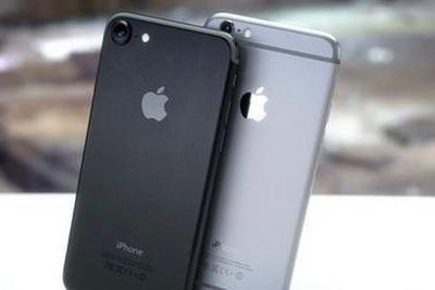 iPhone 7发售首日遭爆炒 亮黑配色炒到2万元