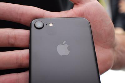 果粉的福音 苹果零售店10月8日将大量供应iPhone 7