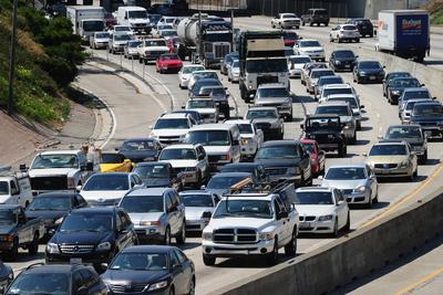 美国加州通过无人驾驶新法案 无人汽车不用配驾驶员