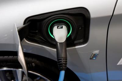 和特斯拉竞争 宝马宣布将提供电动版X3和Mini车型