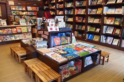 电子书未完全挤压实体书店:60.6%的人去实体店享受环境