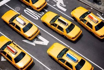 厦门网约车细则:持暂住证6个月以上可驾驶网约车