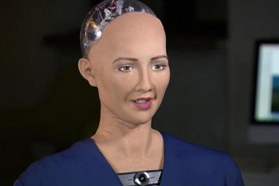 采访思维接近人类的机器人是一种什么感觉:开场主动搭讪