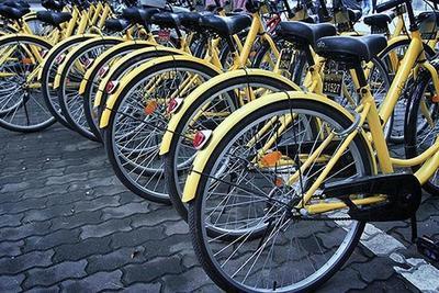 """共享单车轮子上的资本战 争抢""""出行最后一公里""""市场"""