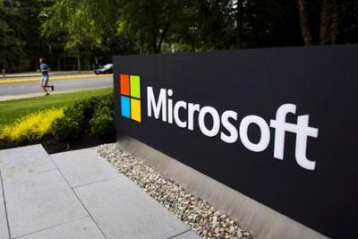 """微软""""咸鱼翻身"""":股价沉沦17年后创历史新高"""
