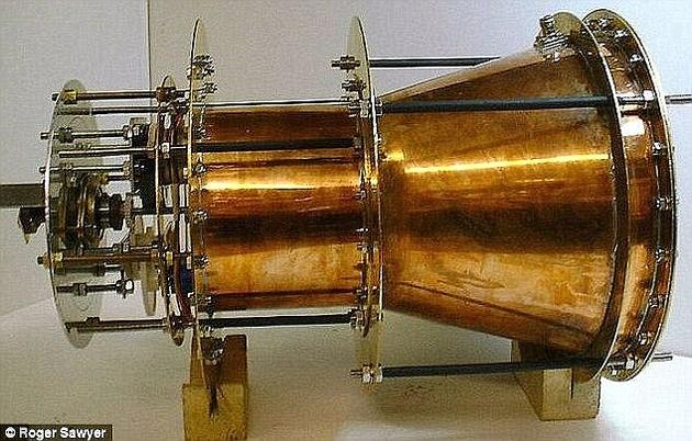 一个EmDrive引擎原型机。有些人认为该引擎可以让飞行器在10周内就能到达火星,但更多人认为该系统违反了物理学定律。