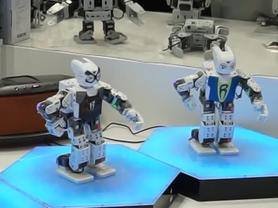 零度机器人跳舞