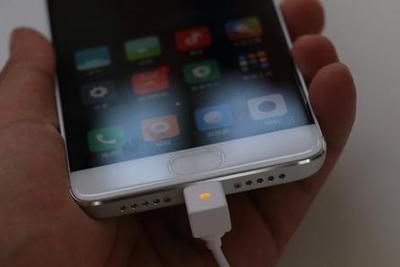 我猜你99%不知道 万一丢手机还能靠它