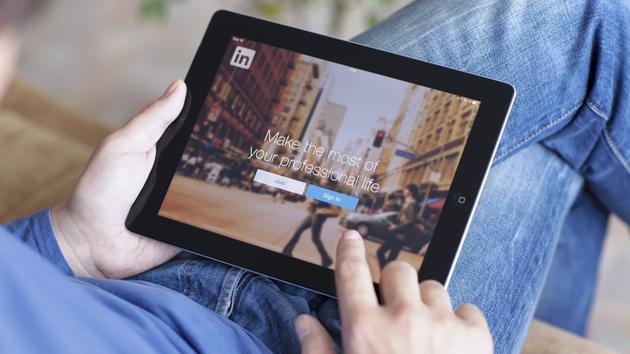 微软向欧盟做出让步 扫清收购LinkedIn监管障碍