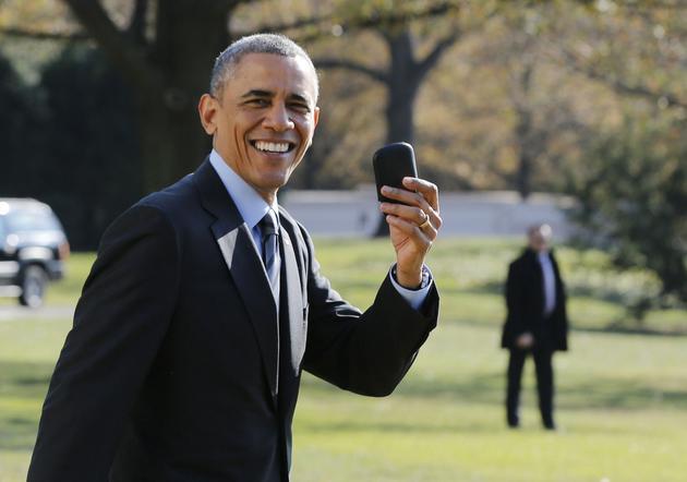 """双十一家里""""领导""""要换机?先看看各国领导都用啥手机"""