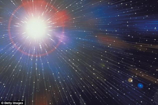 """在这场名为""""宇宙起源""""(The Origin of the Universe)的演讲中,霍金解释了自己目前正在进行的工作,即证明宇宙的起源确实遵循现代物理学家所谓""""M理论""""中描述的物理定律。"""