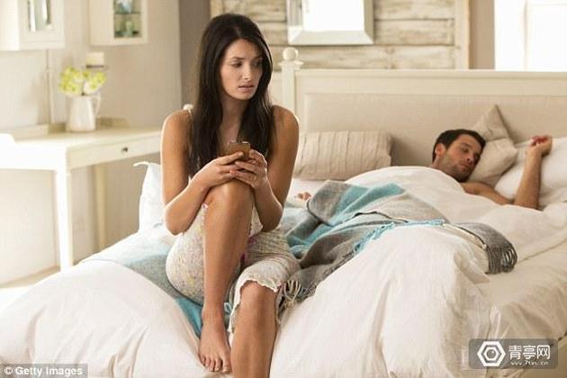 国产男人性爱网站_仅16%女性接受vr性爱 男性是主力消费群体?