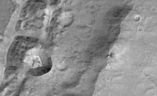 微量气体任务卫星传回首批火星照片