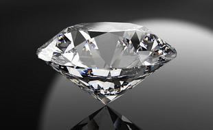 核废料制成钻石电池寿命长达五千年以上