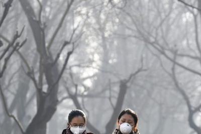 """环保部评估:北京或实现""""大气十条""""PM2.5浓度目标"""
