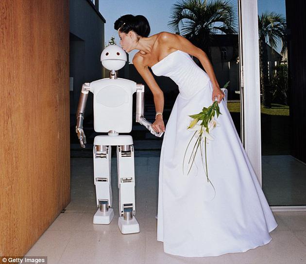 性爱机器人让你精疲力竭?人机婚姻或在2050年之前出现的照片 - 1