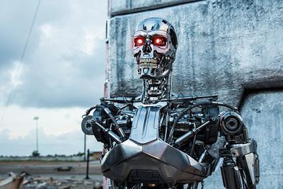 """欧洲议会将投票立法管制机器人:确保配装""""毁灭开关"""""""