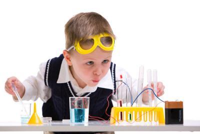 科学家发现斯格明子霍尔效应:可造新型电子储存器