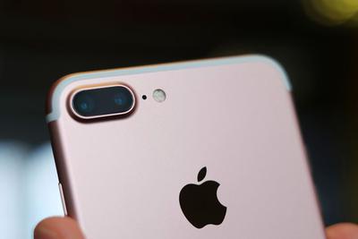 大摩下调苹果公司2017财年iPhone销售额预期
