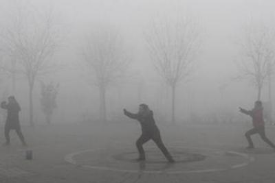 北京预计今明两天轻度污染 14日迎中到重度污染