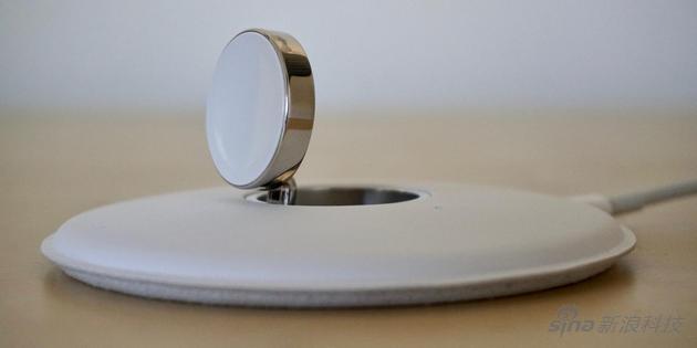 Apple Watch是第一个用上无线充电的设备